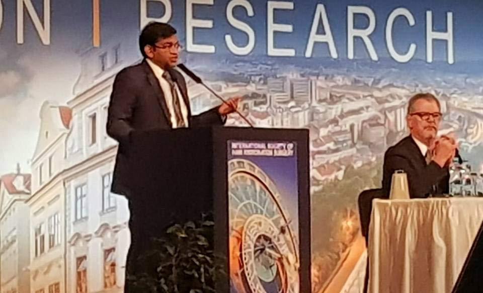 Dr. Kavish Chouhan at ISHRS